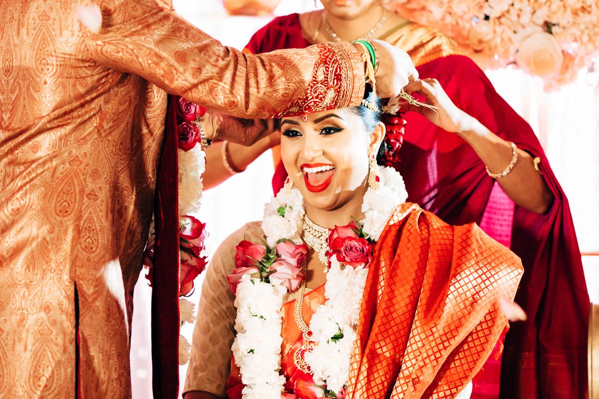 tanu-sayon-hindu-wedding-williambichara-644.jpg