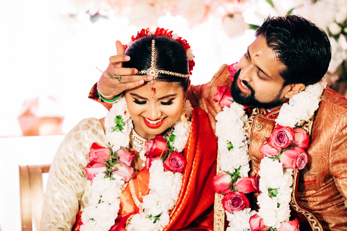 tanu-sayon-hindu-wedding-williambichara-652.jpg