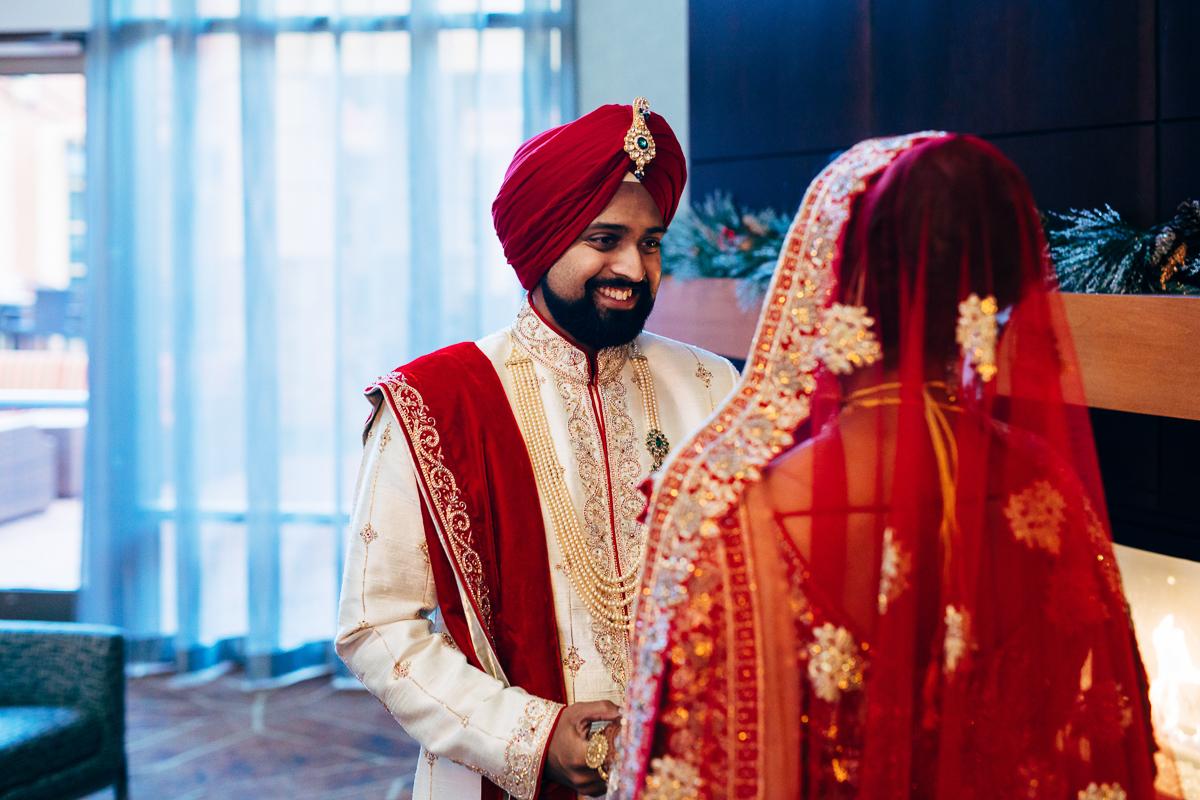 tanu-sayon-sikh-wedding-williambichara-175.jpg