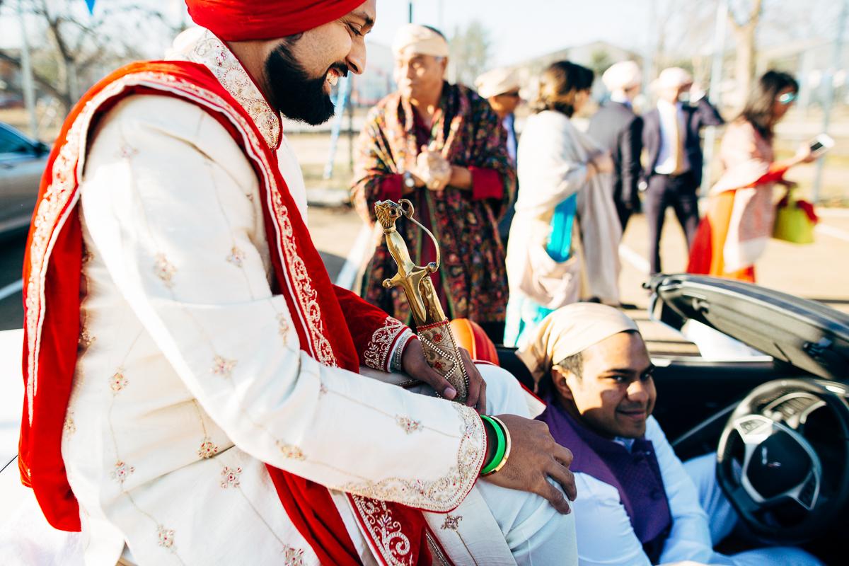 tanu-sayon-sikh-wedding-williambichara-239.jpg