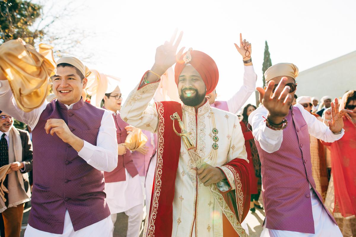 tanu-sayon-sikh-wedding-williambichara-330.jpg
