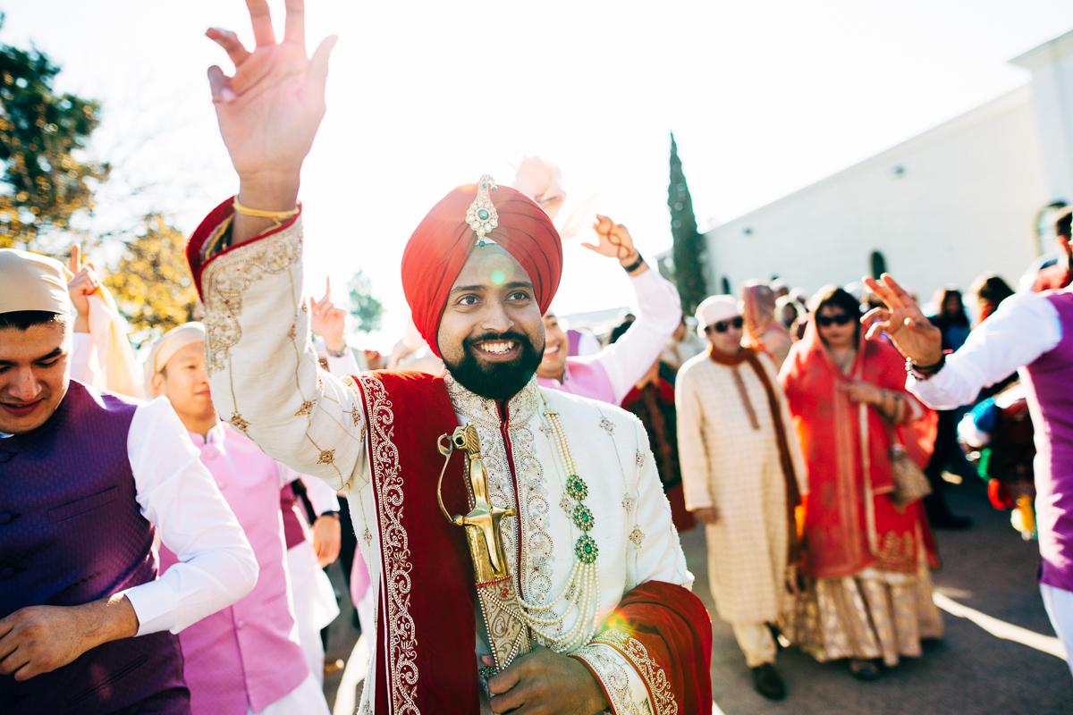 tanu-sayon-sikh-wedding-williambichara-337.jpg
