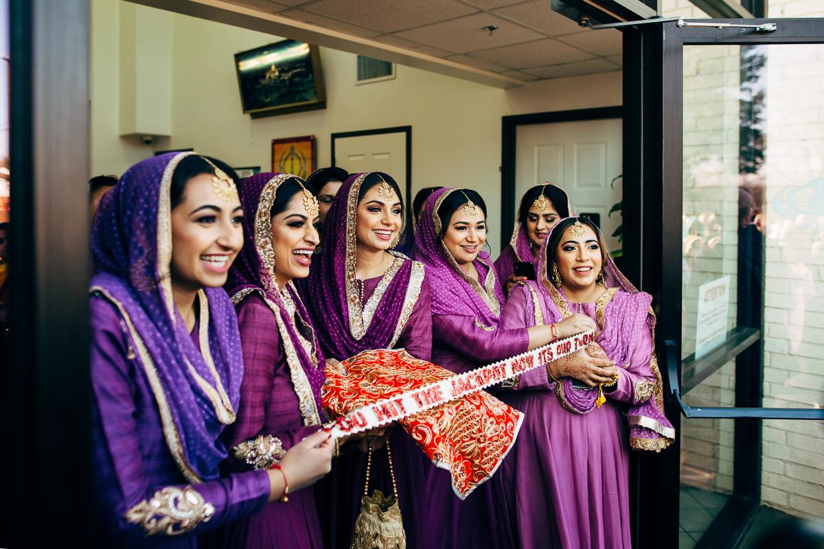 tanu-sayon-sikh-wedding-williambichara-415.jpg