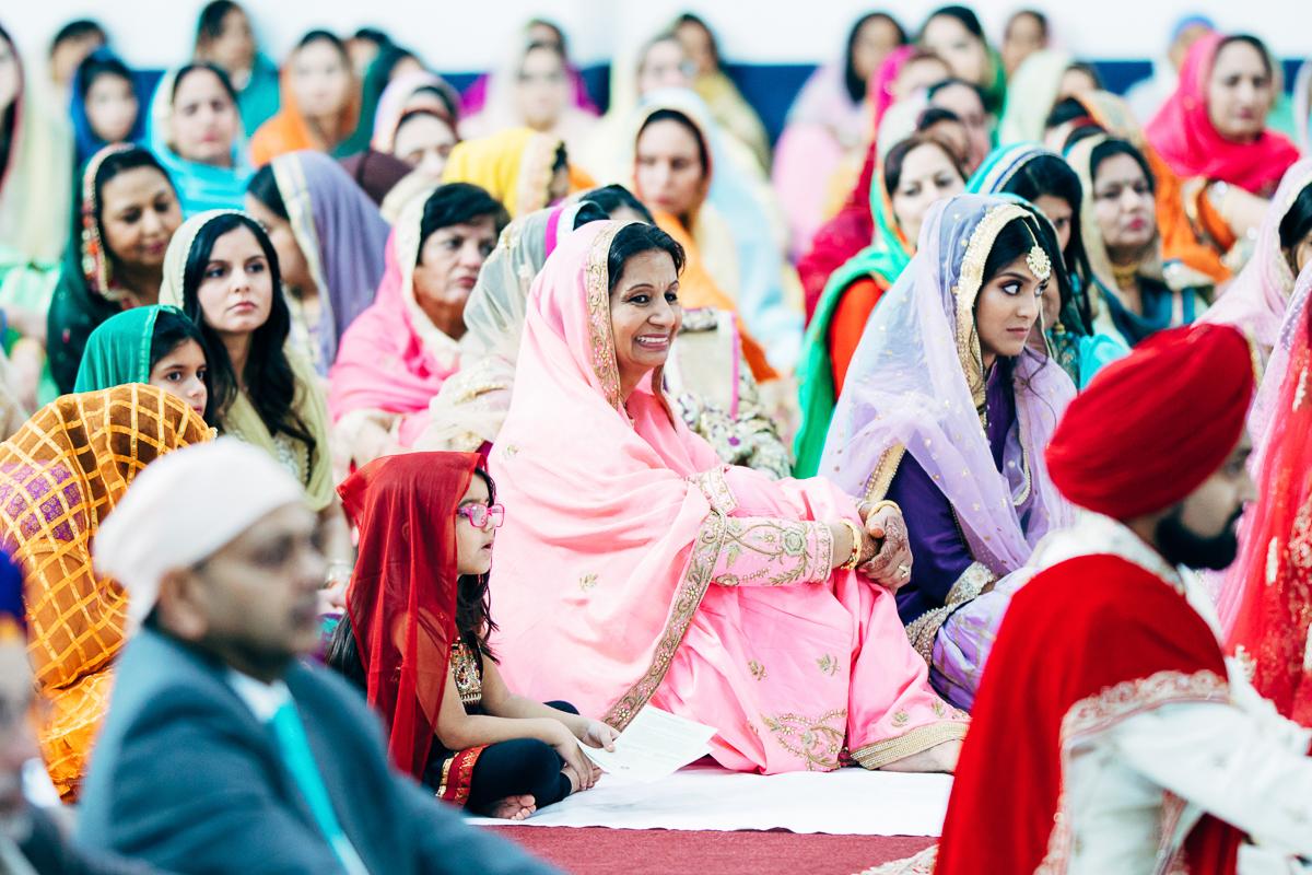 tanu-sayon-sikh-wedding-williambichara-568.jpg