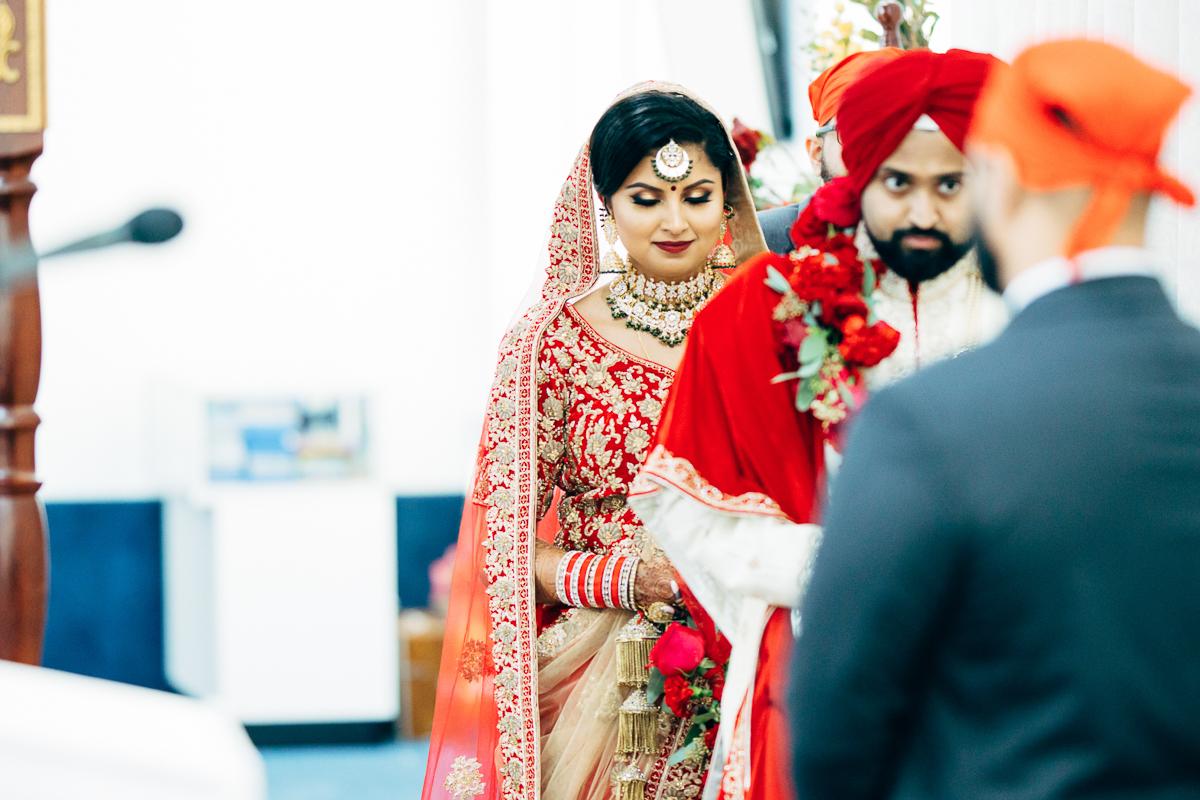tanu-sayon-sikh-wedding-williambichara-661.jpg