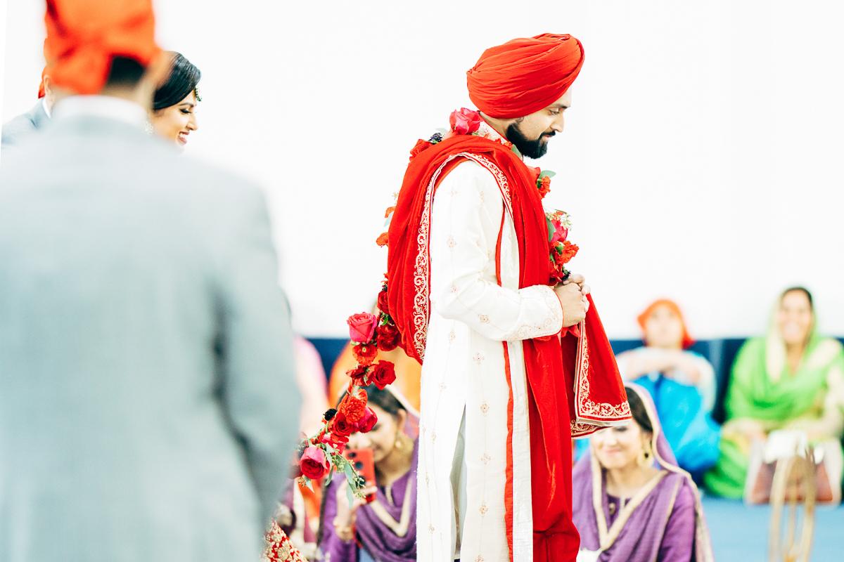 tanu-sayon-sikh-wedding-williambichara-669.jpg