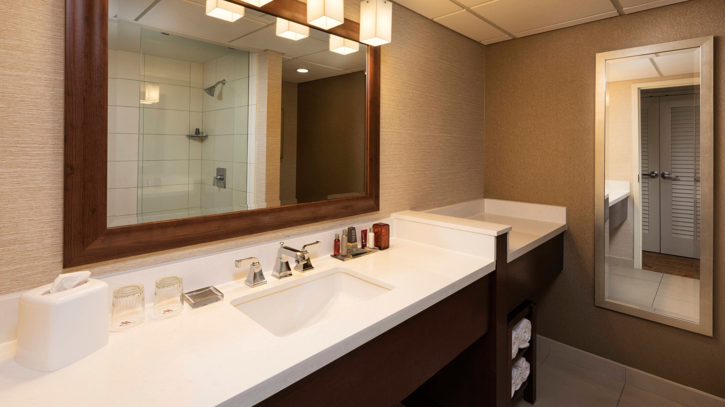 mspnw-bathroom-0066-hor-wide.jpg