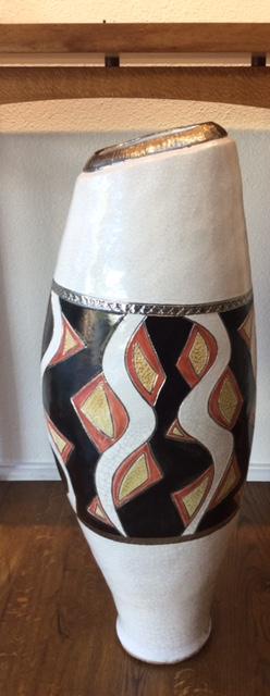 coloured_vase.jpg