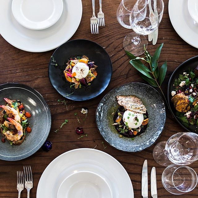 LOOKING GOOD// when the food we serve almost looks too good to eat. Almost.  These delicious meals from @grandbistro will impress your guests on your wedding day. ⠀⠀⠀⠀⠀⠀⠀⠀⠀ ⠀⠀⠀⠀⠀⠀⠀⠀⠀ Photography @cottonwoodandco Chef @damienmonleychef @grandbistro ⠀⠀⠀⠀⠀⠀⠀⠀⠀ #weddingday #southernhighlandswedding #amazingfood #weddingfood #eventcatering #weddingcatering #mouthwatering #wineanddine #3courses #beautifulfood #seasonalfood #countryweddings