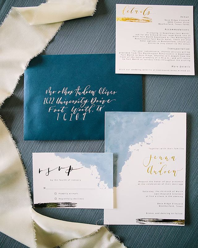We absolutely loved being a part of Jenna and Andrew's big day! The water color detail with gold foiling was to die for! 📸: @lionheartimage . . . . . . . . . . . #custominvitations #weddinginvitations #fortworthwedding #weddinginvites #dallaswedding #calligraphyinvitations #calligraphyenvelopes #weddingenvelopes #navywedding #invitationsuites  #fortworthcalligraphy #dallascalligraphy #customstationary  #dailydoseofpaper