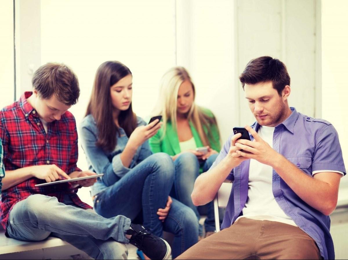 Социальные сети - Социальные сети сегодня — это мощный канал коммуникации с гостями, маркетинговая площадка и самое огромное место скопления людей в онлайне. Там определенно есть ваши потенциальные покупатели — осталосьлишь толькоихотыскать.