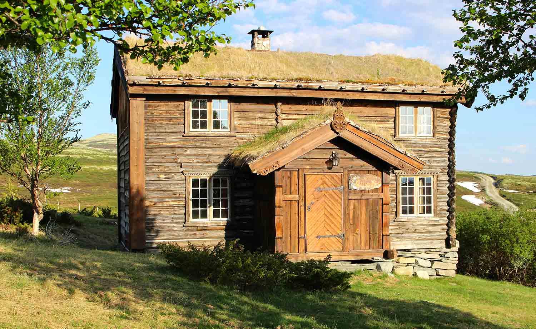 Luxury cabin accommodation in Norway.jpg