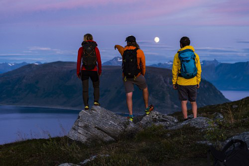 Enjoying the late night summer light (Photo: Fjord Norway/Mattias Frederiksson)
