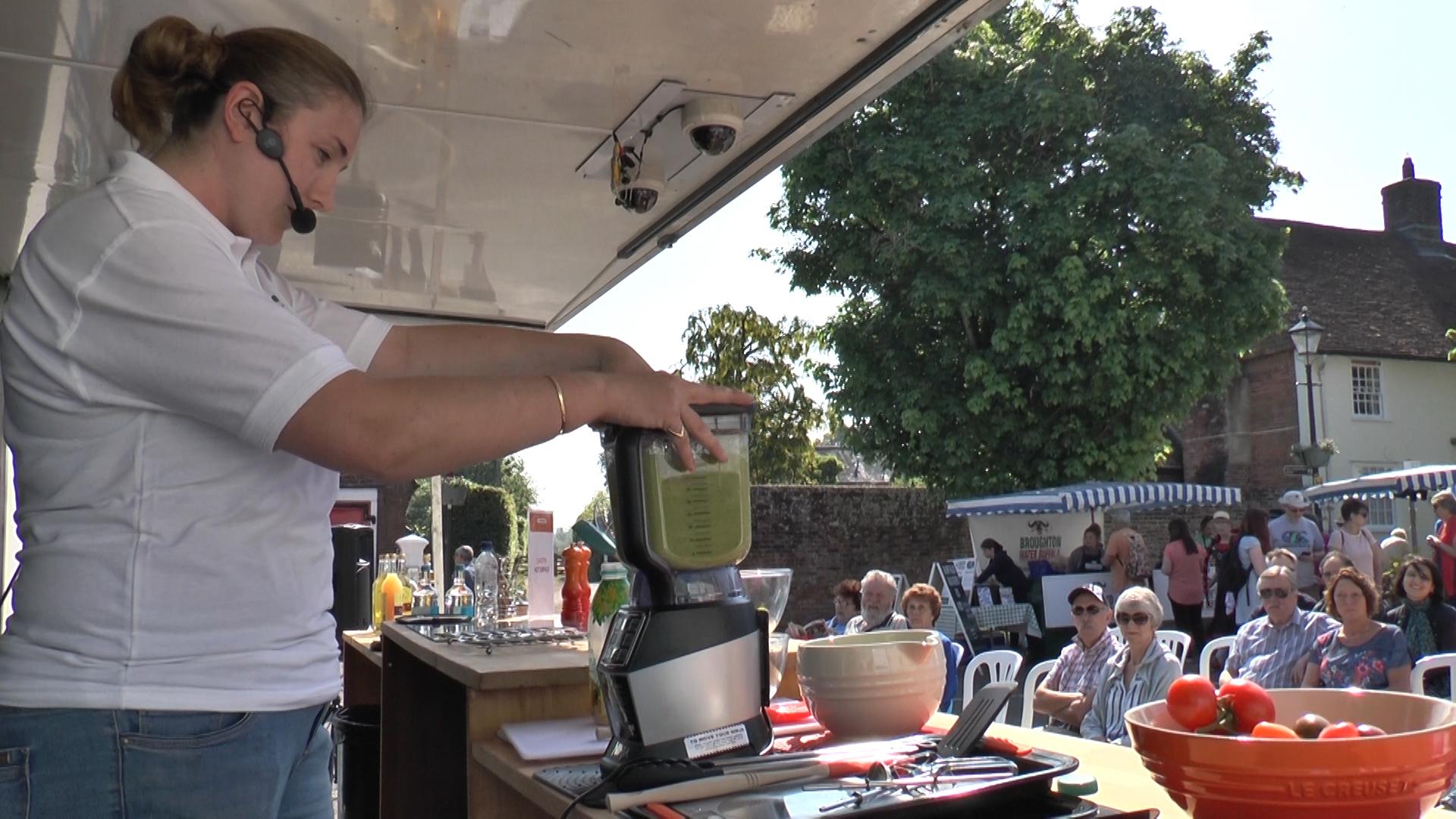 Keri makes a watecress smoothie