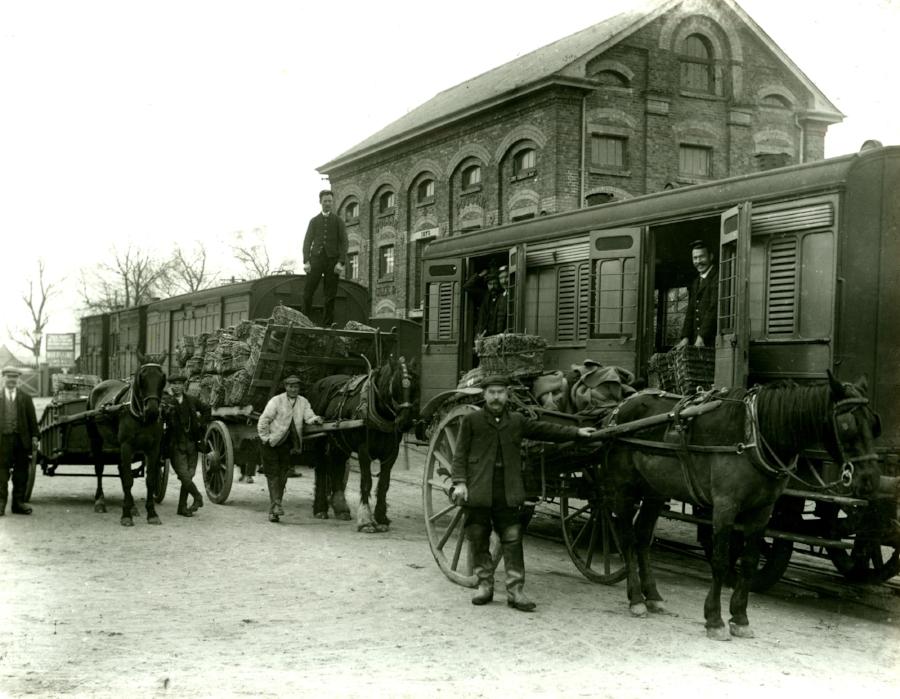 Watercress Line 1914 (002).jpg