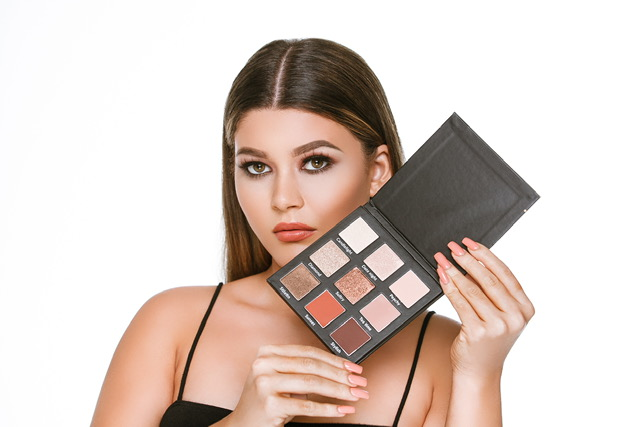 Ardere 'Natural to Night' Eyeshadow Palette £15.00