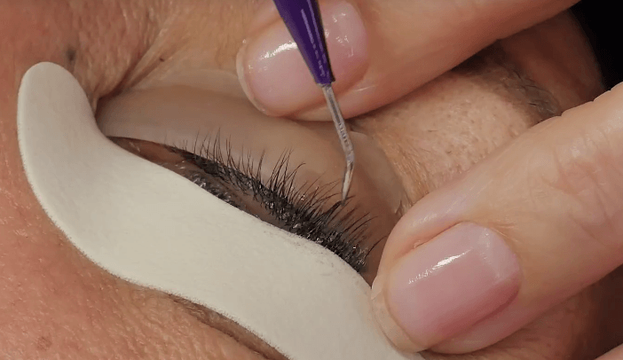 How long will it take? - As an expert LVL Lash Technician the treatment can take up to 1 hour*, during this time relax and have a nap. Your LVL Lashes will stay with you for up to 8 weeks, it all depends on your lash life cycle and care.*Patch test is required 48 hours prior to treatment.