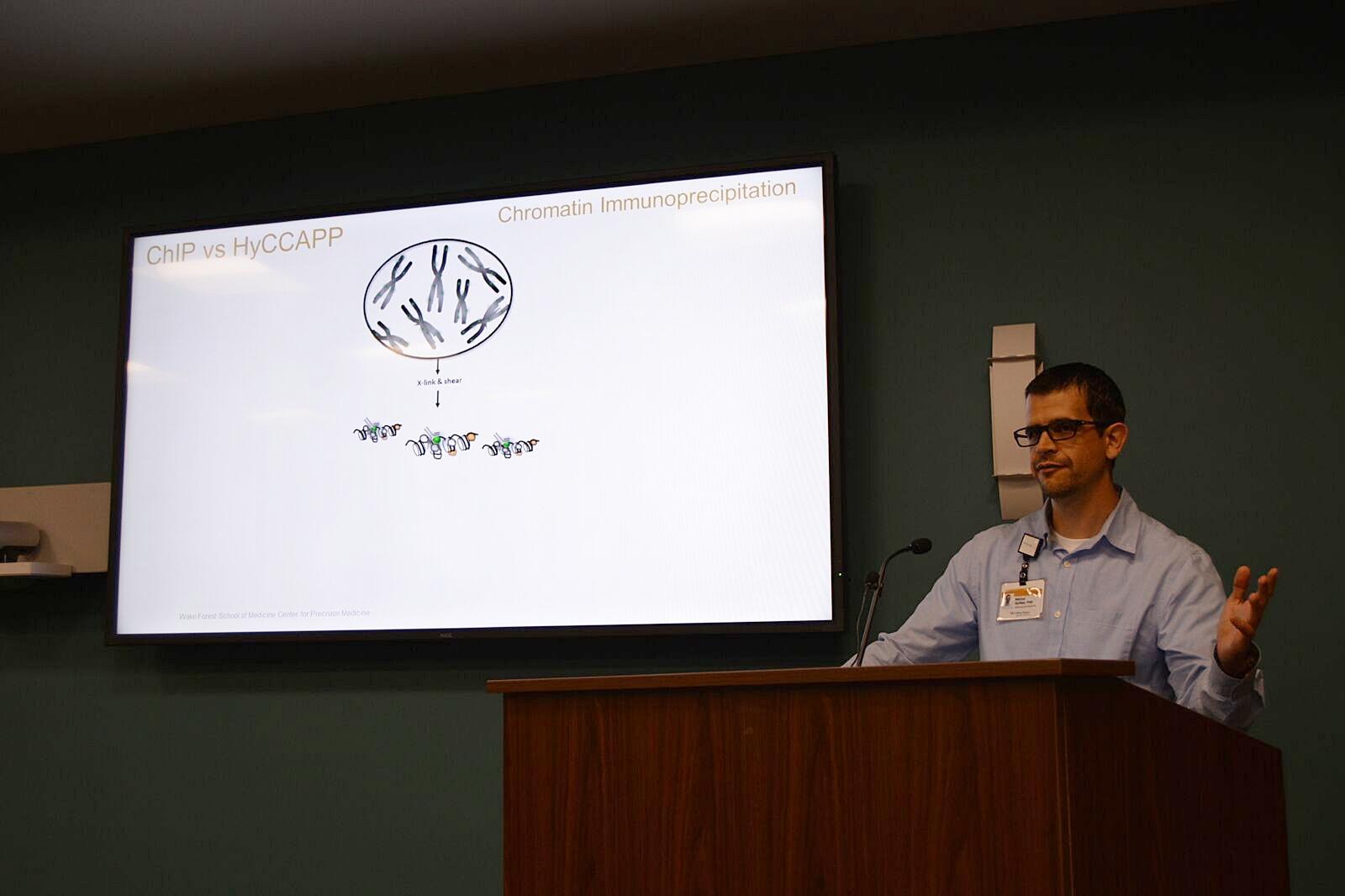 Dr. Guillen presenting at the Center for Precision Medicine Omics 101 workshop