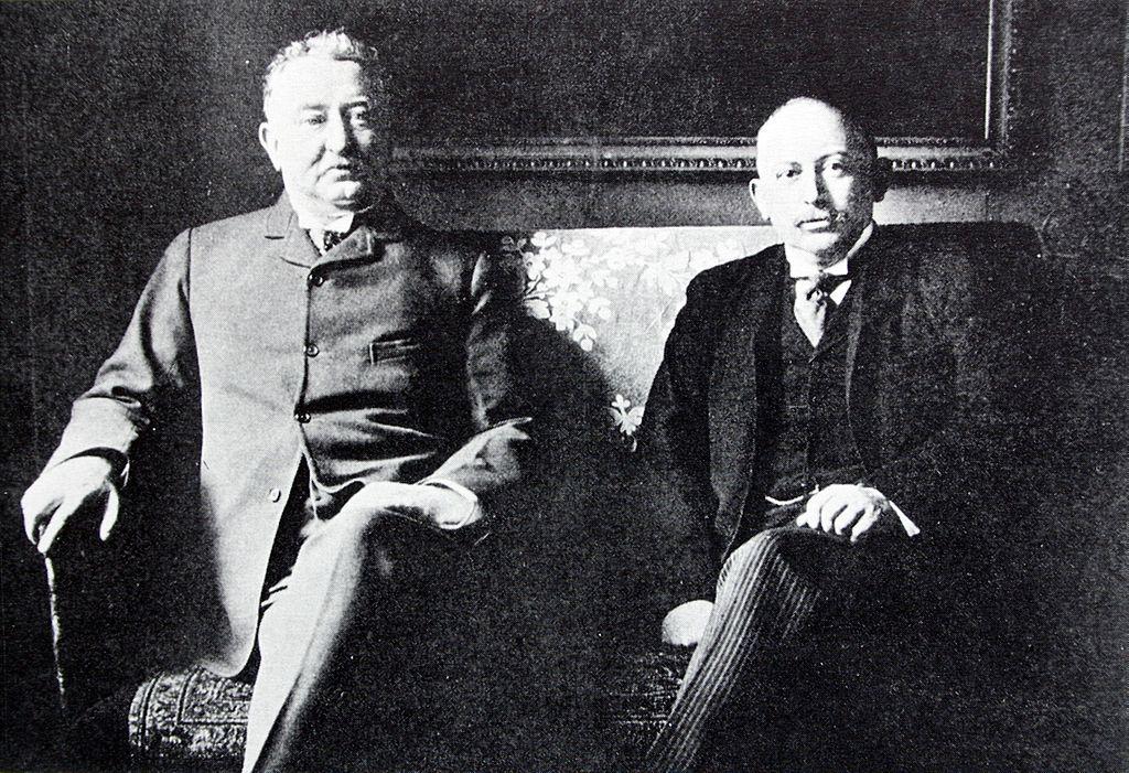 Cecil-Rhodes_Alfred-Beit_1896.jpg