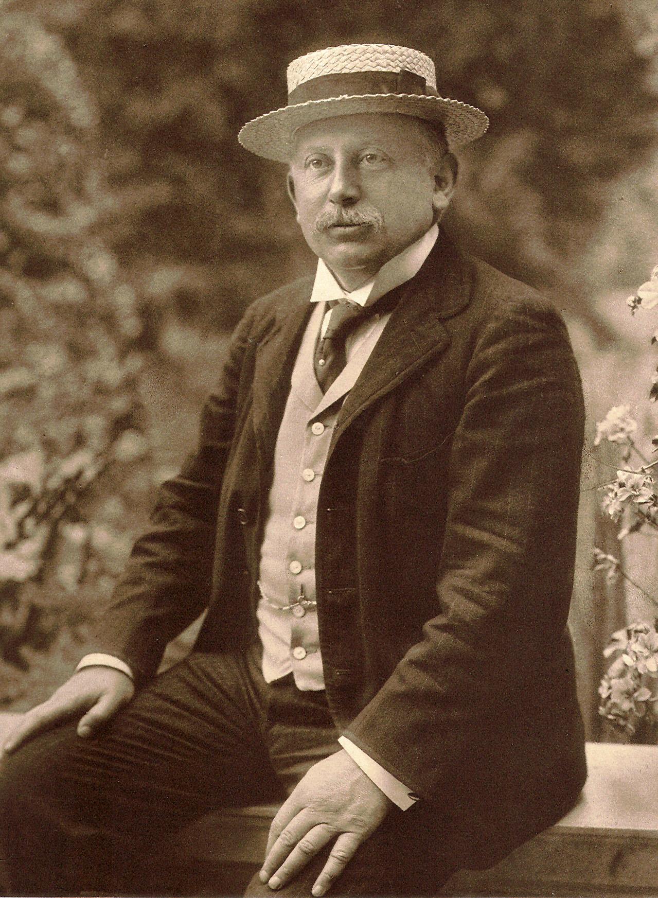 Alfred_Beit_1905.jpg