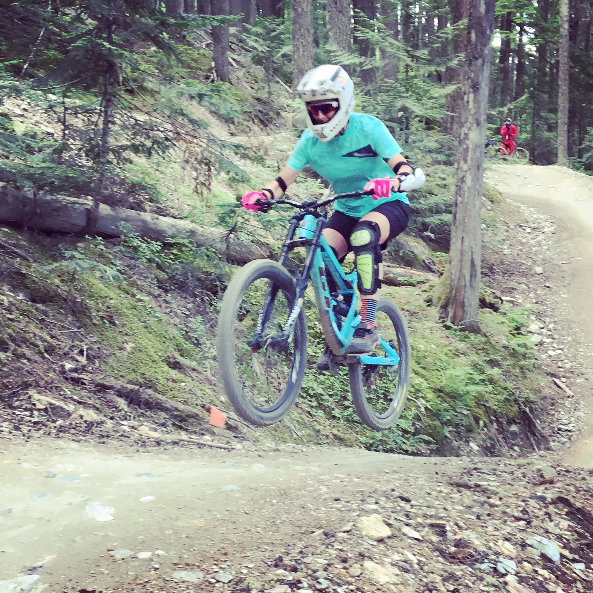 Didn't get a pic of any jumps on the first day, so I made Desi take one for proof on our second ride day. Crank it Up.