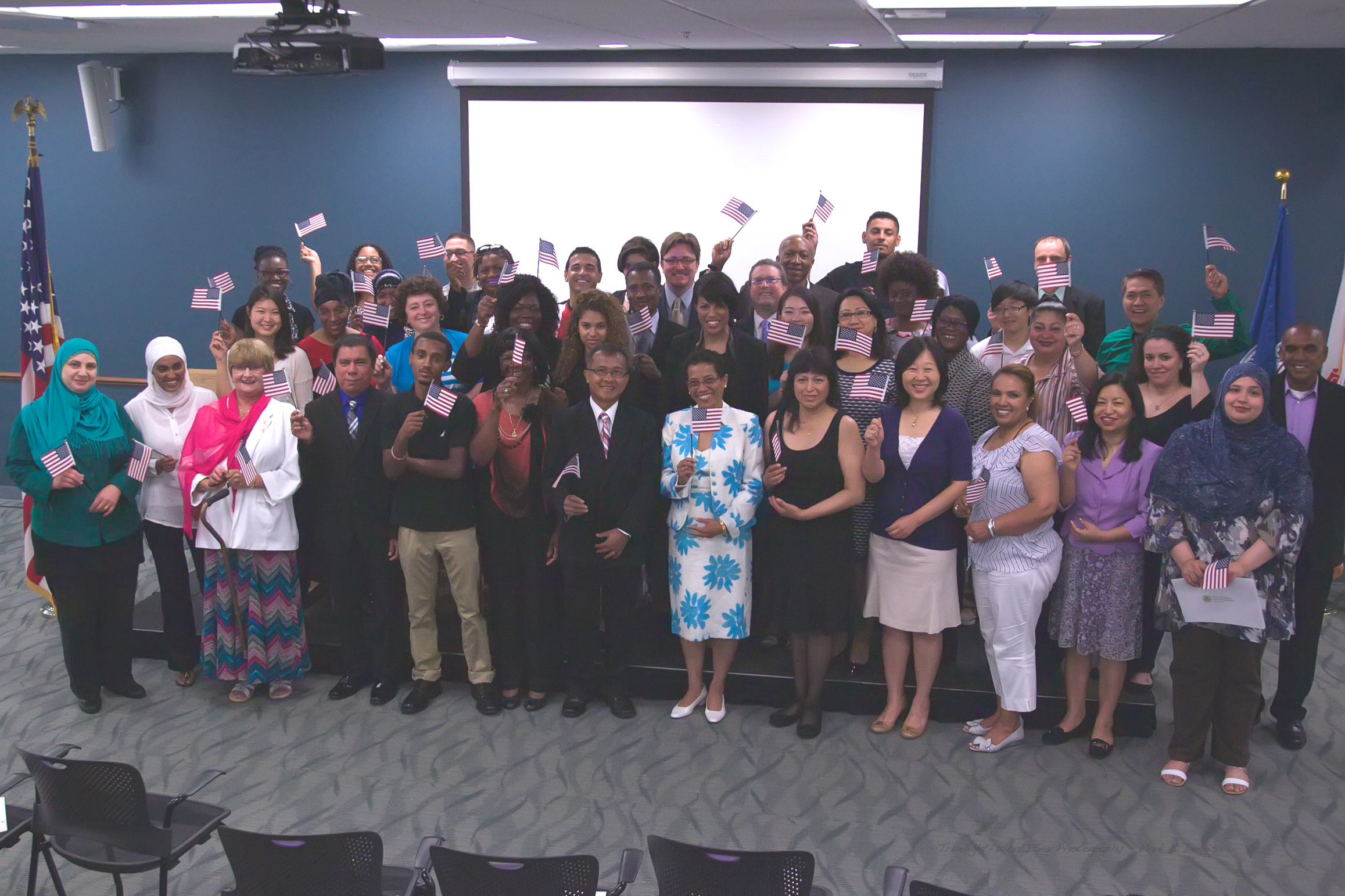The City of Baltimore hosts a naturalization ceremony with former Mayor Stephanie Rawlings-Blake in 2015