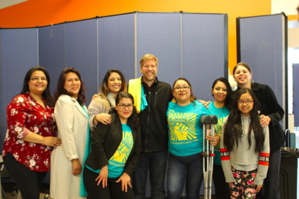Albuquerque Mayor Tim Keller participates in a local citizenship workshop together with local organization and C4C America is Home partner, El Centro de Igualdad y Derechos