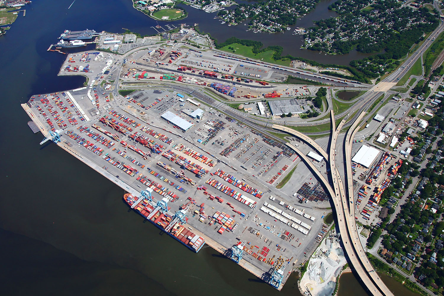 Virginia's East Coast Advantage - Virginia's unmatched port infrastructure, high-quality maritime workforce and thriving economy differentiate it from every other East Coast state.