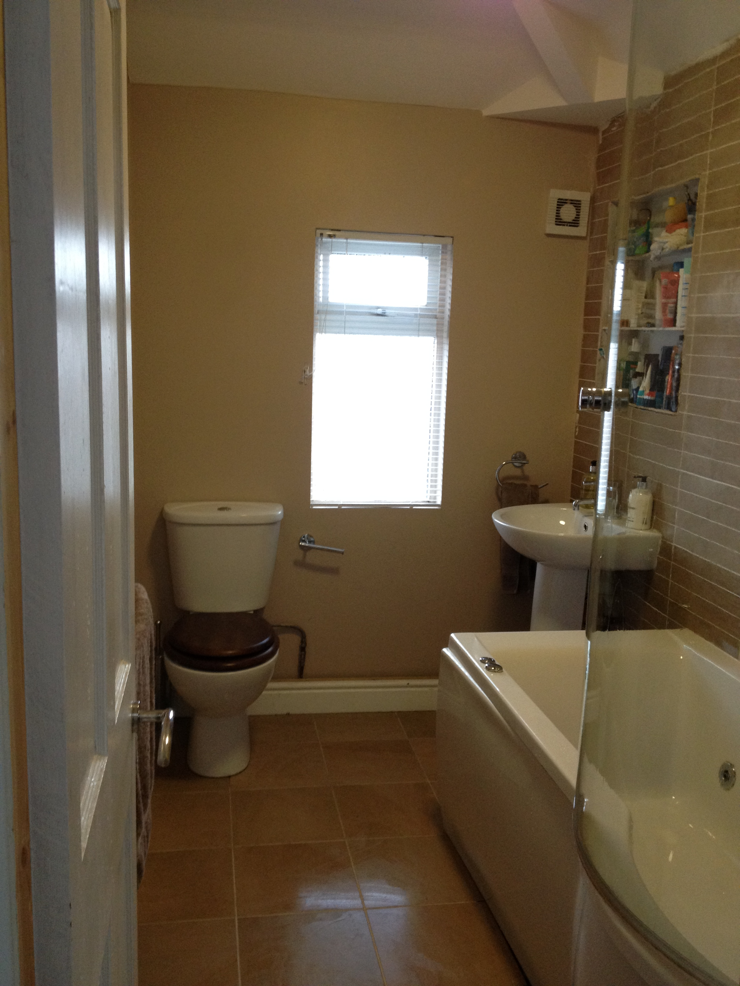 Bathrooms - Bathroom & wet room installations and tiling
