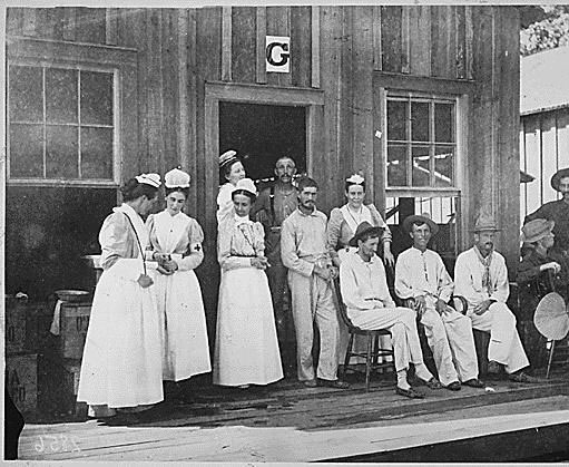 SA-War-Nurses-at-Camp-Thoma.jpg