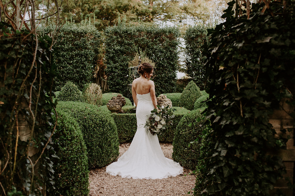 Modern Elegance: Real Wedding