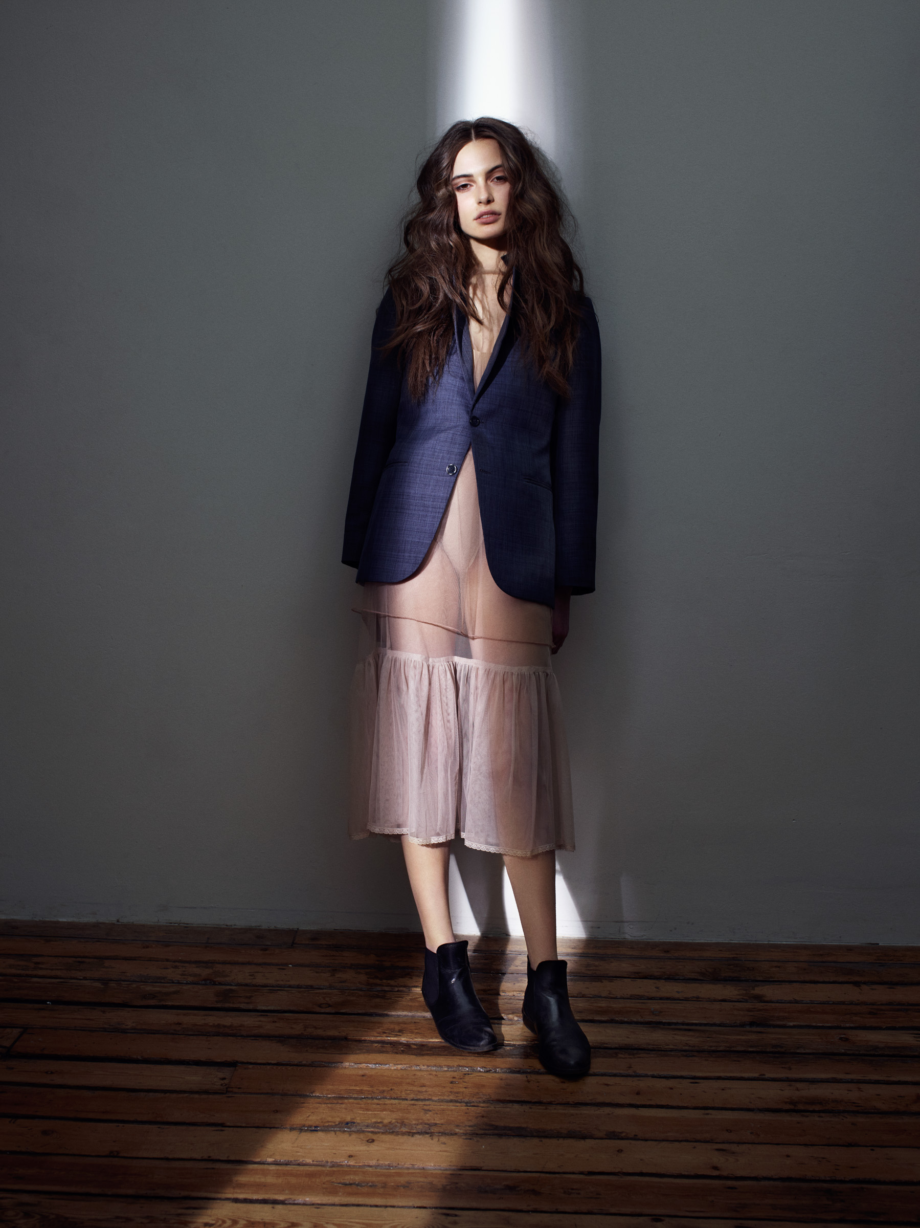 Jack_Eames_Fashion_Light_Shot_01.jpg
