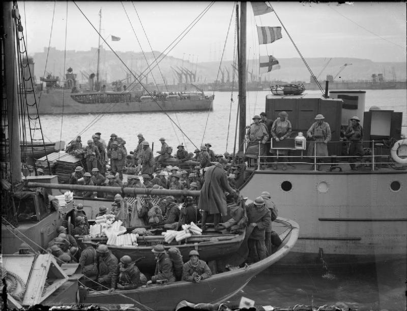 The_British_Army_in_the_UK-_Evacuation_From_Dunkirk,_May-June_1940_H1621.jpg