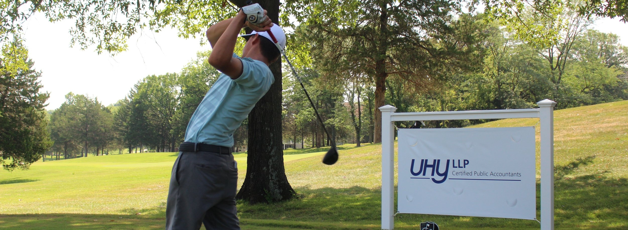 UHY+LLP+CPA+signage+junior+teeing+off.jpg