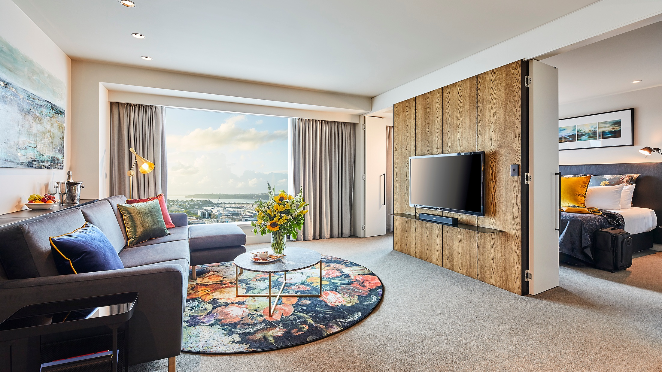 SKYCITY+Grand+Hotel+-+Grand+Deluxe+Suite.jpg
