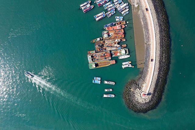 Going back to port. #drone #dji #djimavicpro2 #port #sea #ship #korea #southkorea #드론 #대천 #대천항 #바다 #귀선
