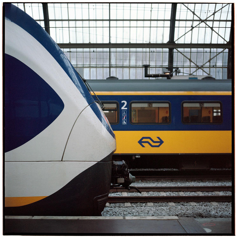 train amsterdam1.jpg