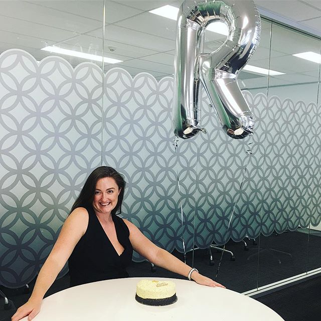 Happiest of Birthdays to our Rachel!🎈 We hope you had the best day celebrating 💚 Thanks for being you! Now for some 🍰 #pklpeople