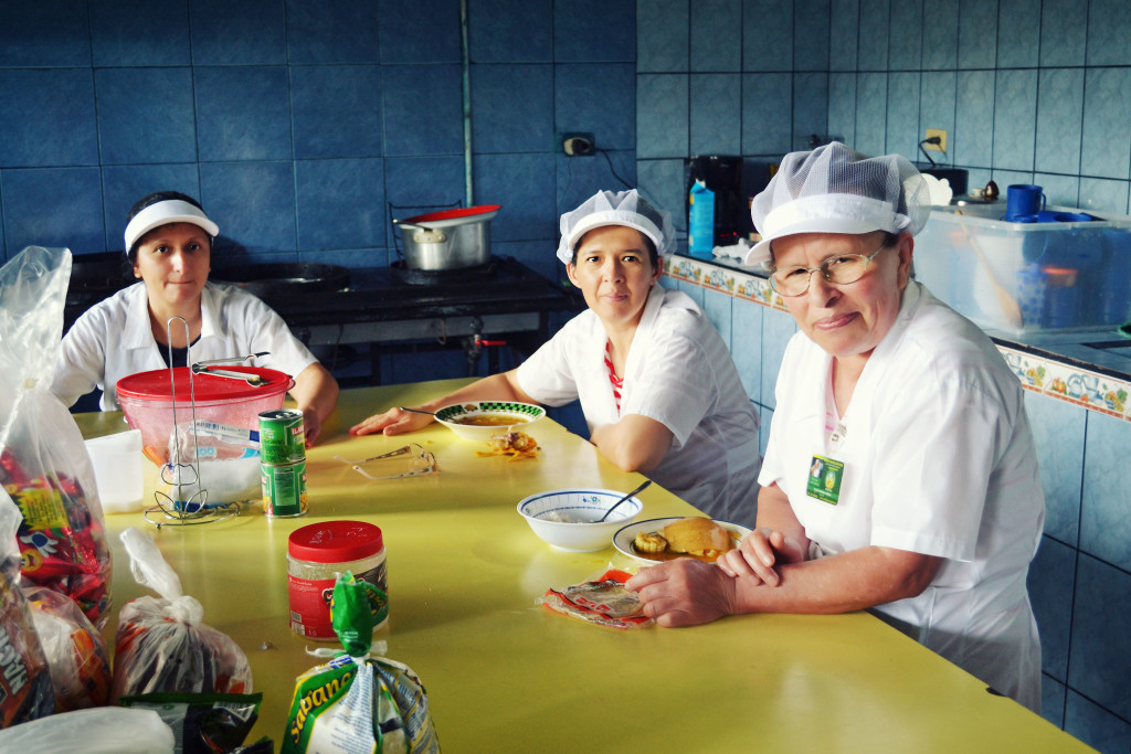 Costa Rica_Women in Kitchen.jpg