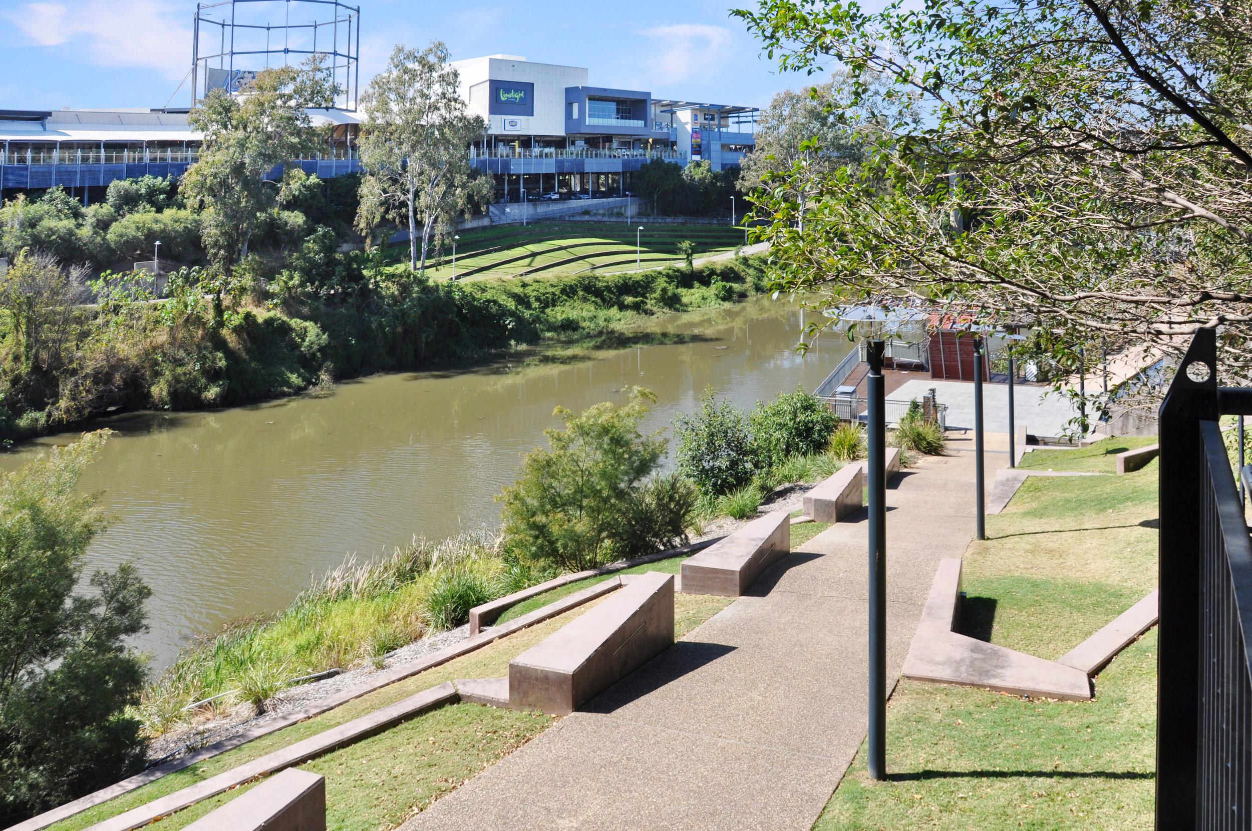 Riverlinks Shopping Centre, Bremer River & Parklands