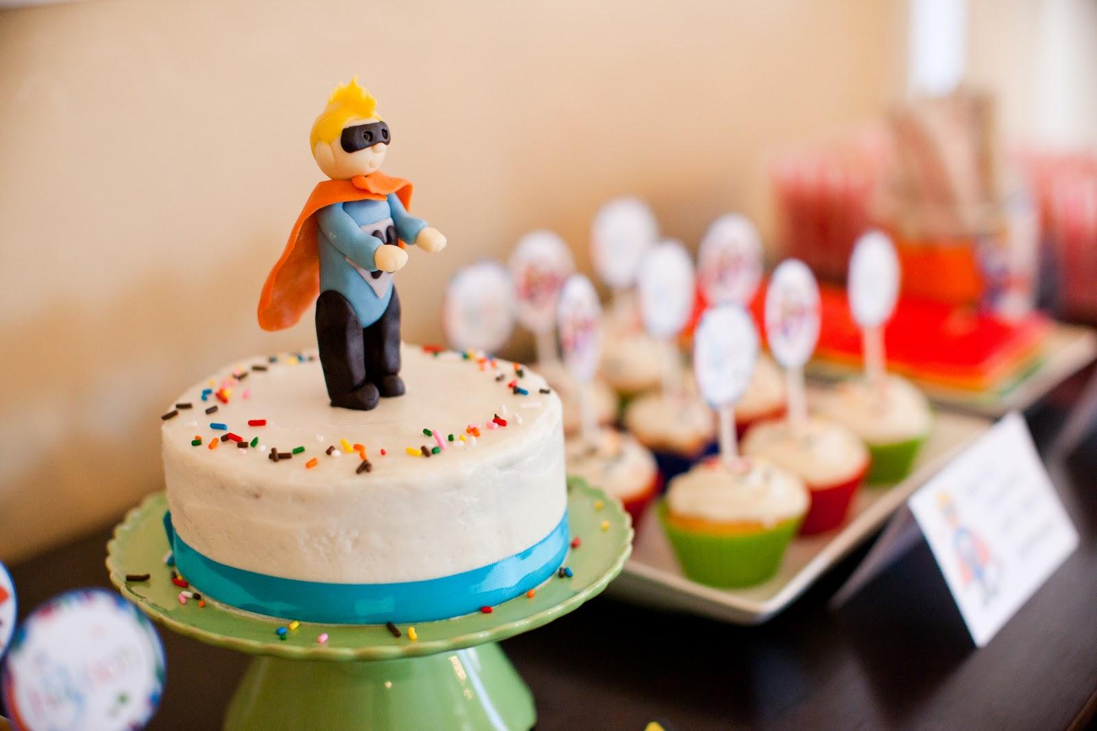 super hero birthday cake.jpg