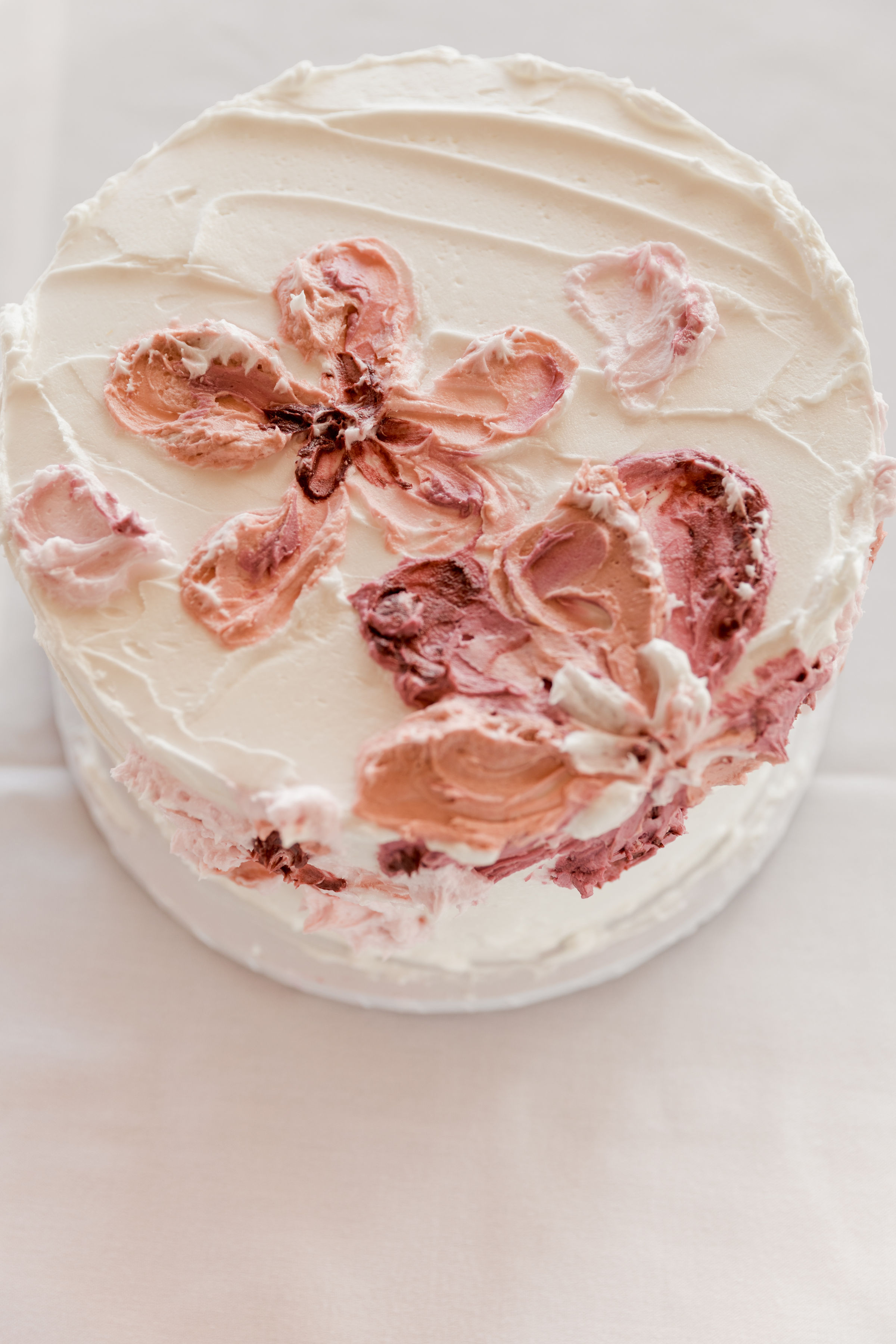 Mwokaji_cakes_rustic buttercream florals (1).jpg