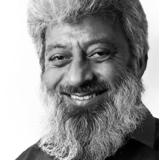 Usaid Khan - URDU COPYWRITER