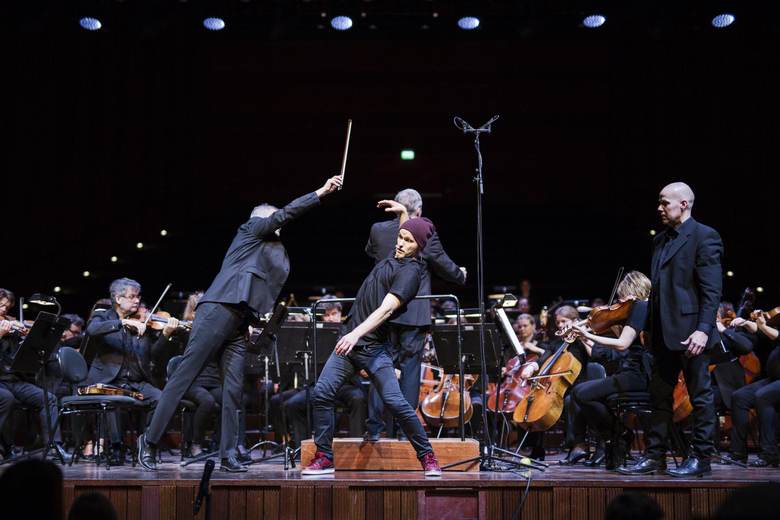 Forestilling, orkester
