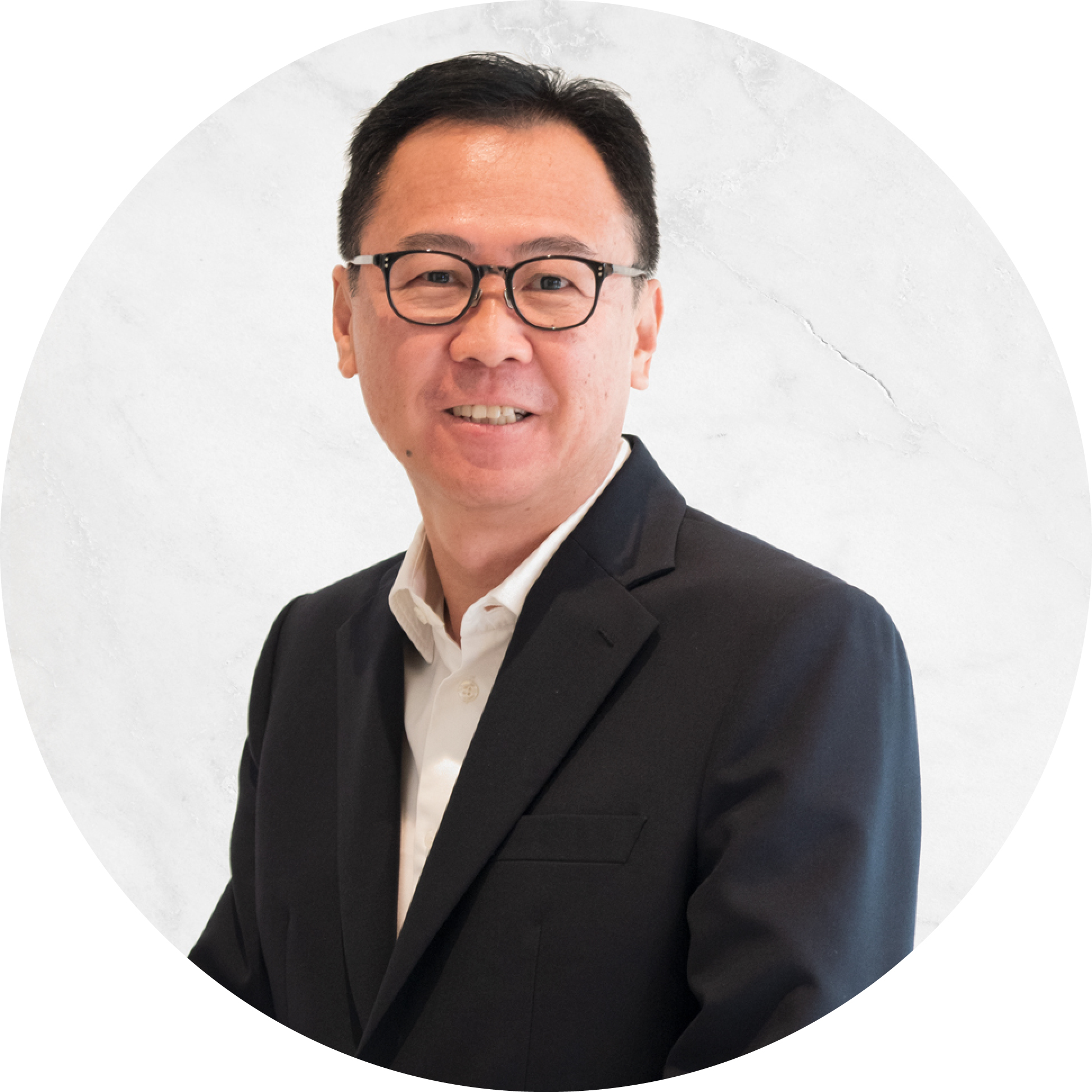 Leslie Chua - Senior Pastor