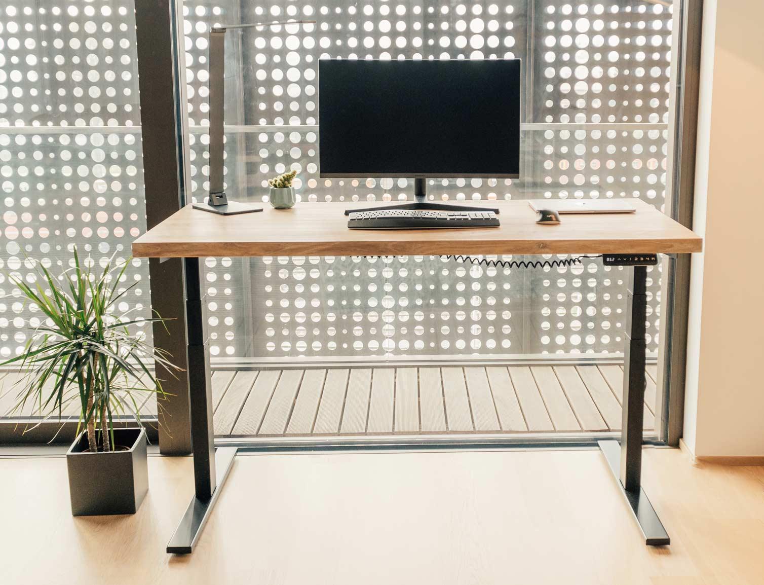 Dvižna pisalna miza Ergochord - pisarna