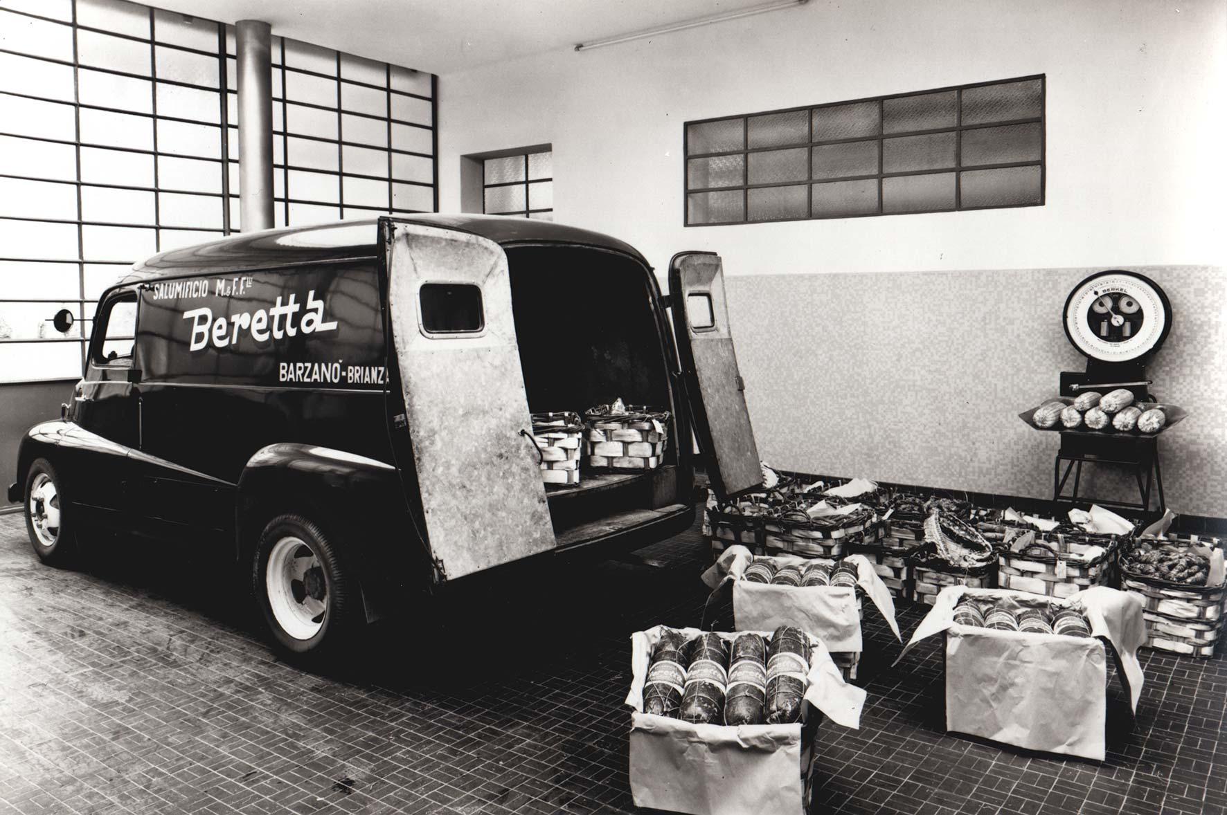 camioncino-con-prodotti_gastro-worldwide.jpg
