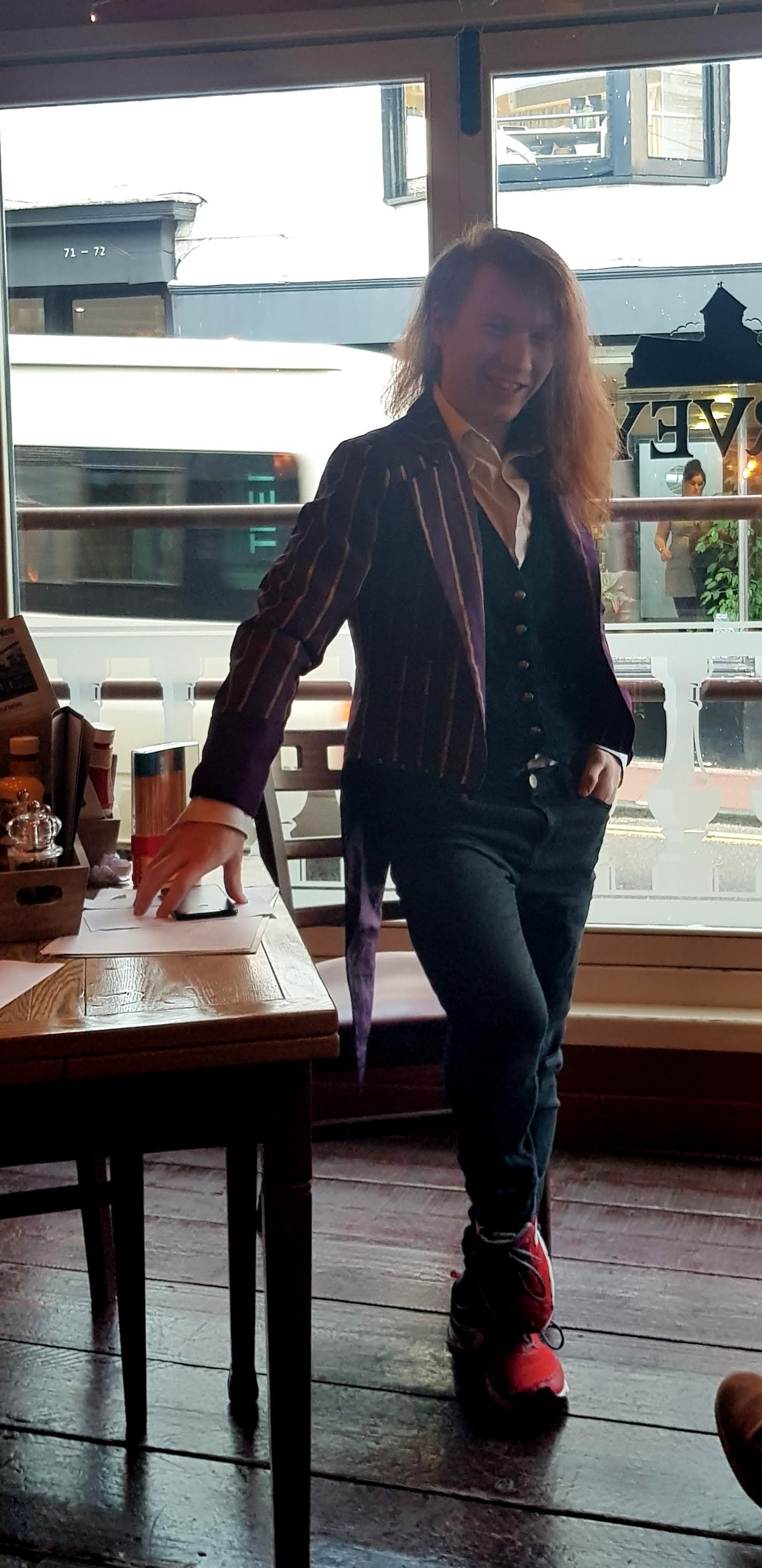 Step Up Japanese Japanese Lessons in Brighton Pub Quiz Fran Wrigley 2019 9.jpg