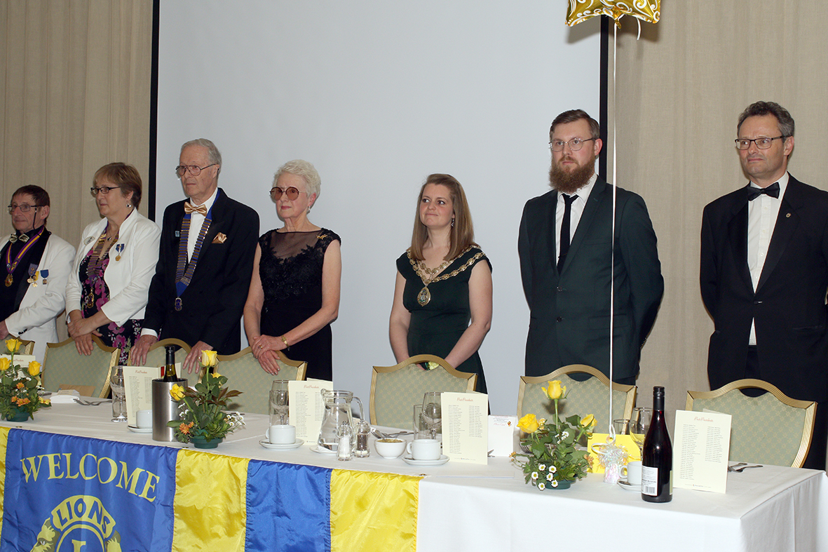 Our Top Table: (L-R) Lion Paul Martin PDG, Lions District Governor - Lion Mandy Hawksley, Lion President Chris Lambert, Mrs Carolyn Lambert, Mayor of Beccles - Councillor Elfrede Brambley-Crawshaw, Mr David Brambley-Crawshaw, Lion Peter Aldous MP.
