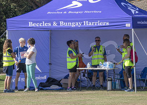 We were delighted to see the 'Harriers' at our event and our thanks for their experienced help with marshalling the course.